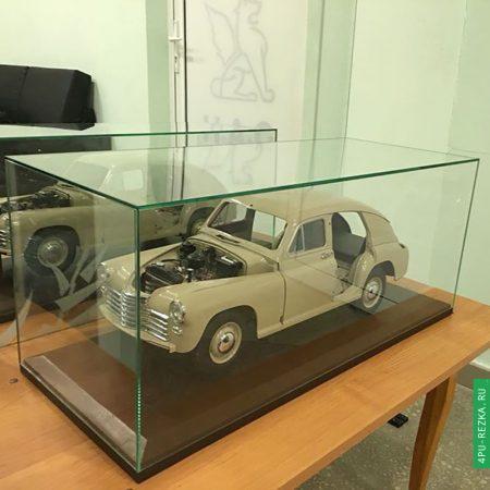 Подставки с куполом для автомобилей-моделей